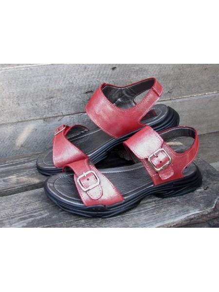 Женские босоножки Haries 170 красный сатин