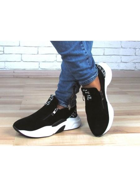 Женские кроссовки Haries 337 черная замша