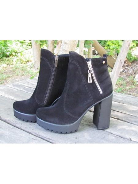Женские ботинки Haries 787/4 замш черный