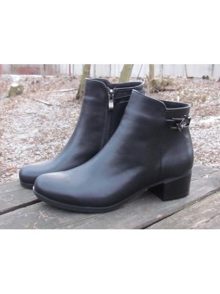 Женские ботинки Haries 220/2 кожа черный