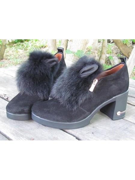 Женские туфли Haries 188К уши замш черный