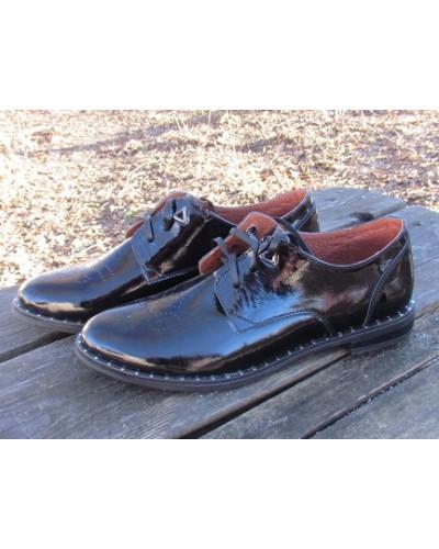 Женские туфли Haries 260/1гвозди лак черный